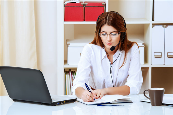 How can VoIP can Save your Business Money?