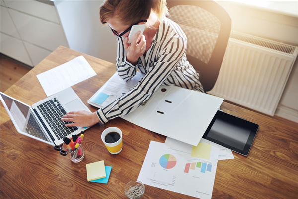 Why Staying Available 24/7 is Necessary for Your 2016 Business